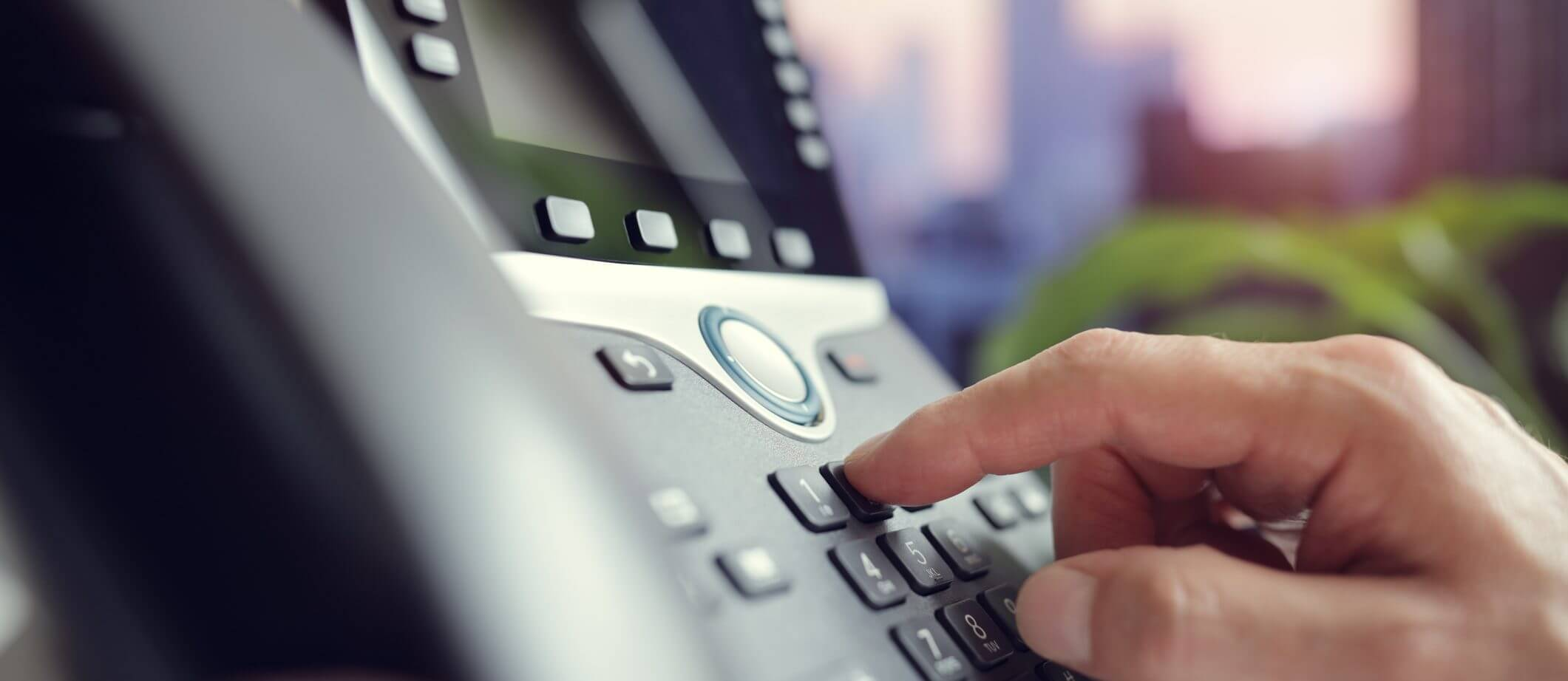 advantages of a telephone system for small business